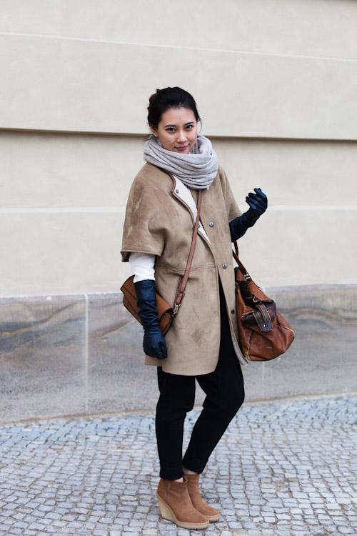 Short-Sleeved Coat - Berlin, Bebelplatz