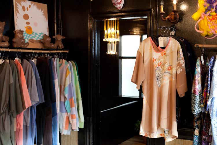 Women clothing stores Basic plus clothing store