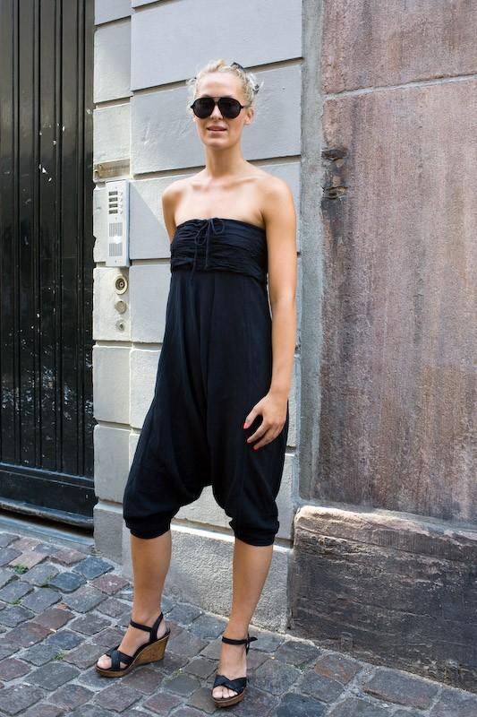080728-jumpsuit-girls-1-copenhagen-krystalgade
