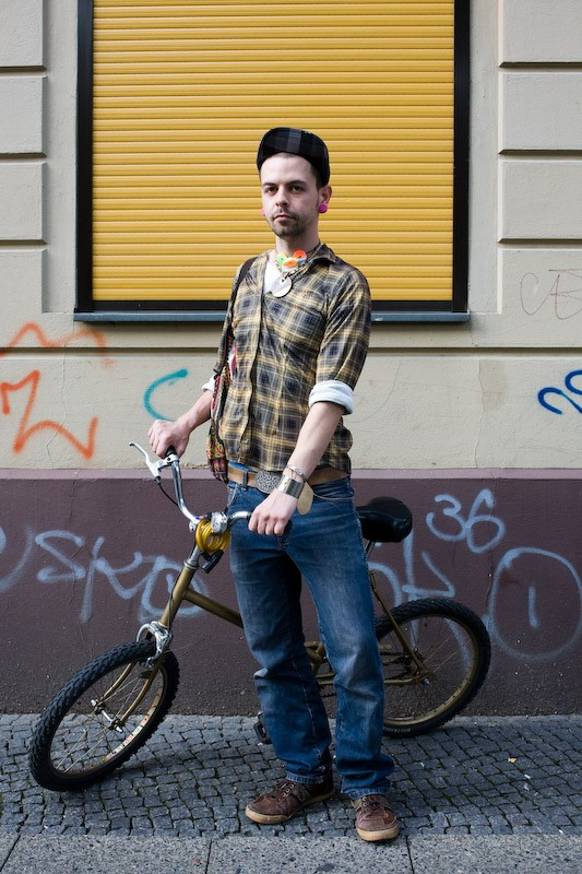 080905-berlin-biking-berlin-kohlfurterstrase-1