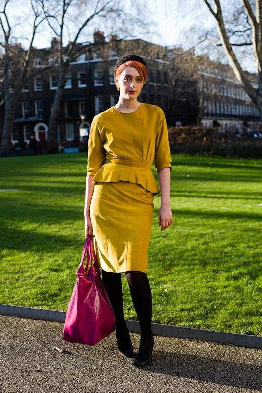 090221-let-the-sunshine-in-outside-basso-brooke-london-bloomsbury-square