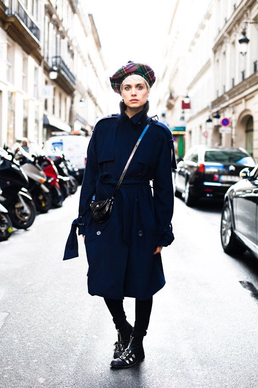 090309-shes-got-the-look-paris-rue-saint-honore-1