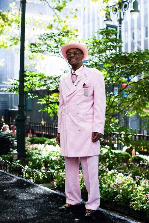 090913-pink-power-new-york-bryant-park-2
