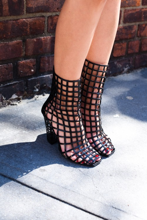090914-Grid-Shoe-New-York-West-Village-1