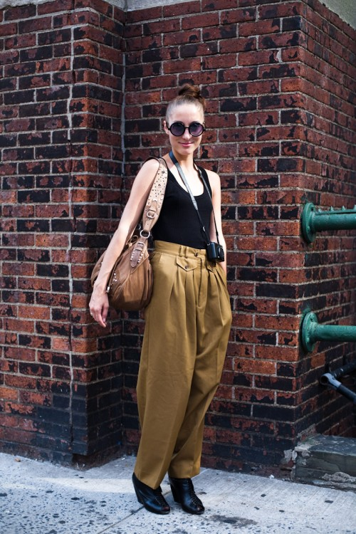 090915-Oversized-Pants-New-York-State-Armory-2