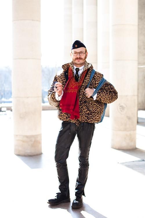 100309-Captain-Leopard-Paris-Palais-de-Tokyo