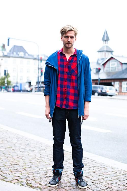 Blue vs. Red - Copenhagen, Oslo Plads